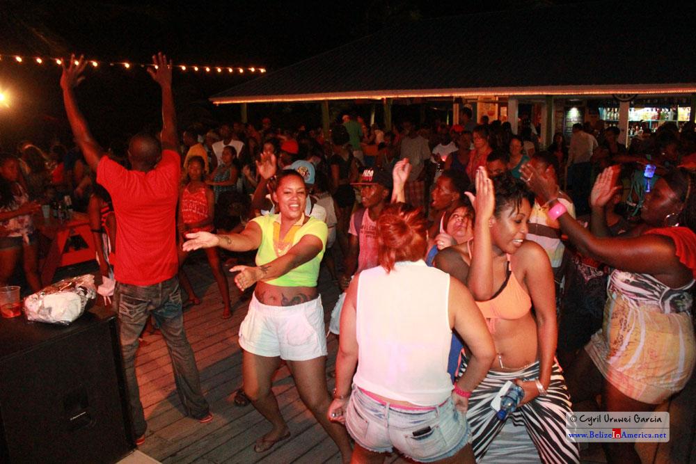 Night life Party at the Tipsy Tunay